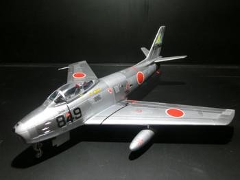 F86f40_02
