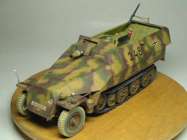 Sd.Kfz.251/9 04