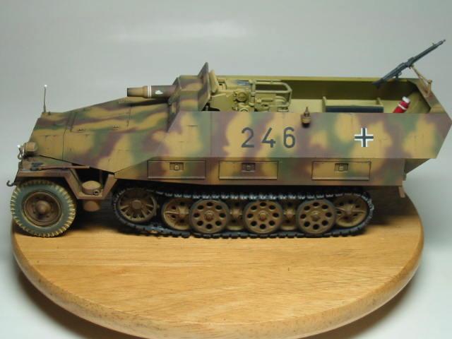 Sd.Kfz.251/9 01