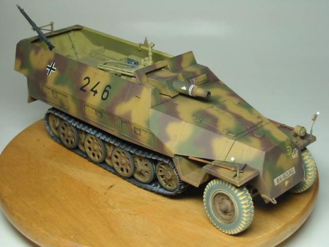 Sd.Kfz.251/9 03