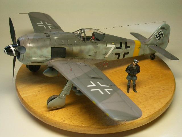 Fw190F-8 01