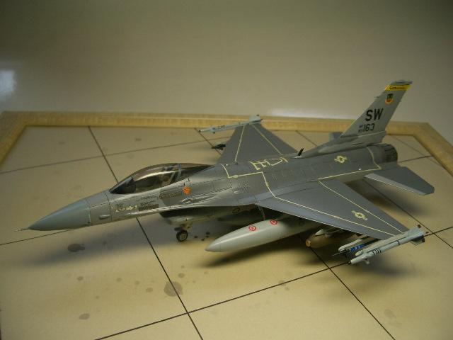 F-16C(ブロック25) 01