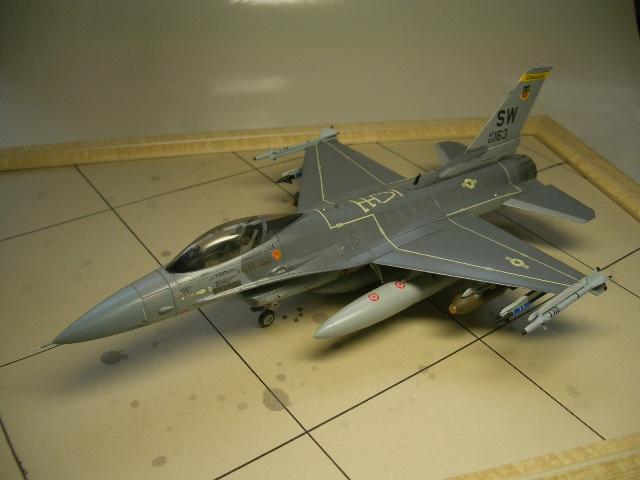 F-16C(ブロック25) 02