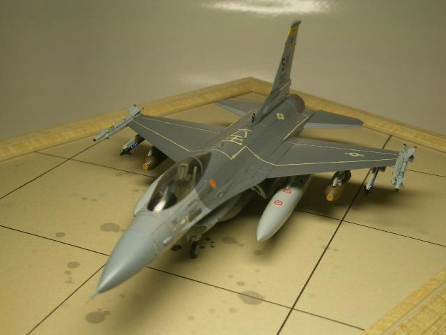 F-16C(ブロック25) 04