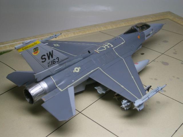 F-16C(ブロック25) 06